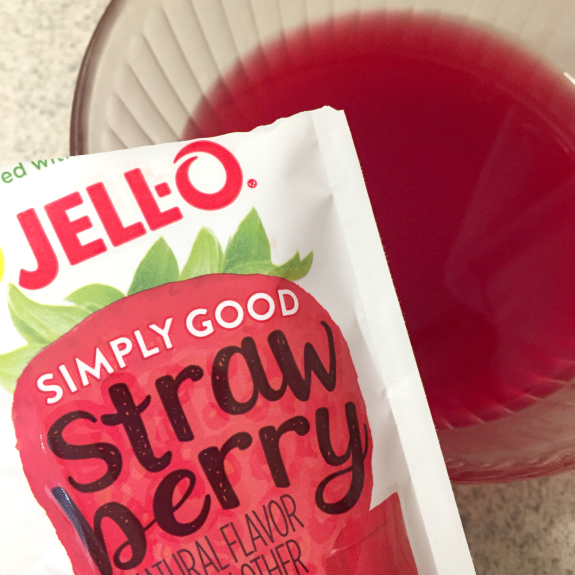 Jello Strawberry Simply Good