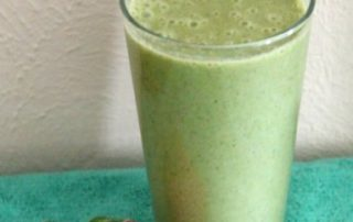 Kale, Strawberry & Banana Smoothie