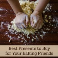 Best Presents to Buy For Your Baking Friends