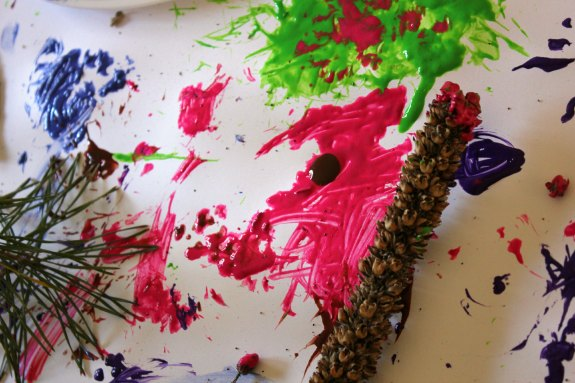 Nature Crafts for Kids: Painting with Natural Materials