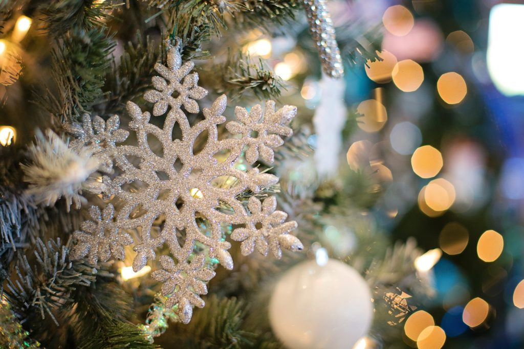 holiday-winter-snowflake