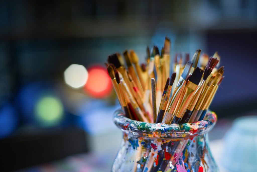 Brushes paint arts crafts