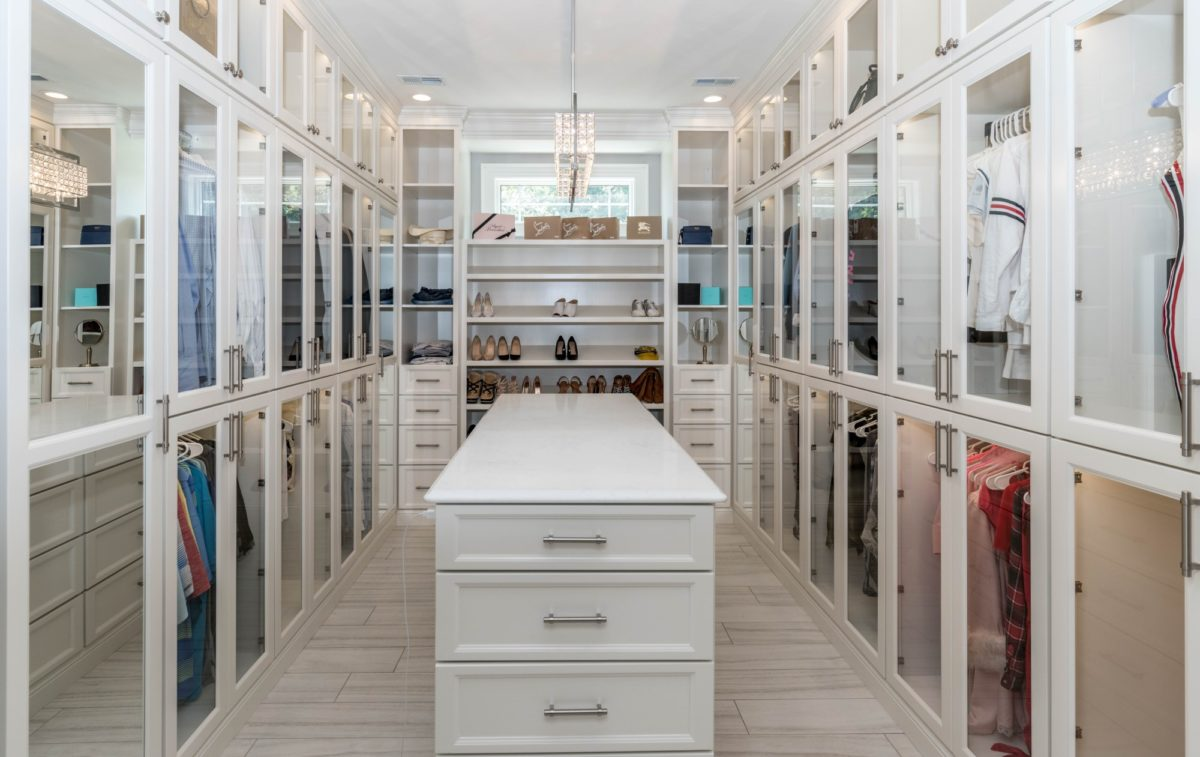 Live The Dream How To Design The Perfect Walk In Closet A Nation Of Moms